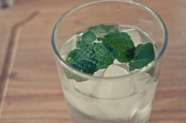 fresh mint in ice water